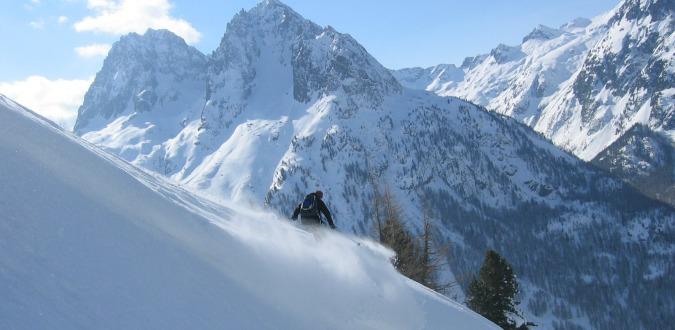 Off piste skiing in Europe - Chamonix