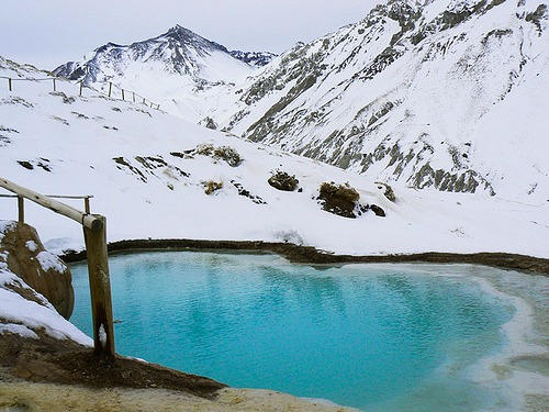 heli-skiing-in-chile-hot-springs